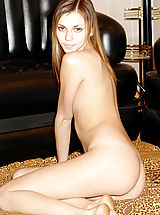 Teen cutie with pleasing overall womanhood sitting on floor naked