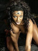 WoW nude nicolla warrior of black pussy