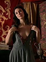 Game of Thrones Girls Sex Slaves of Kings in the middle ages